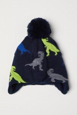 Шапка с динозаврами на флисовой подкладке