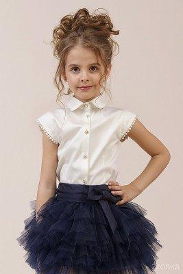 Блузка с короткими рукавами-крылышками