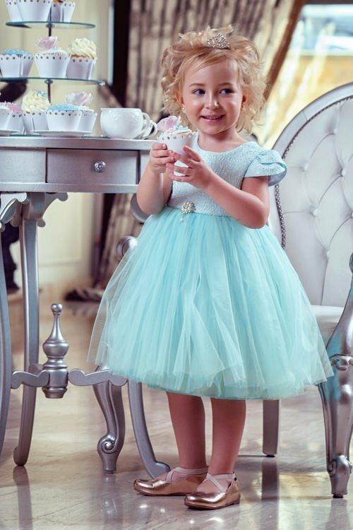 Одяг та взуття - Плаття з пишною спідницею 8789d71997ad6